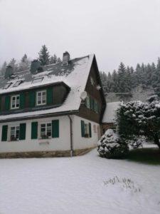 Winter im Ferienhaus mit Sauna